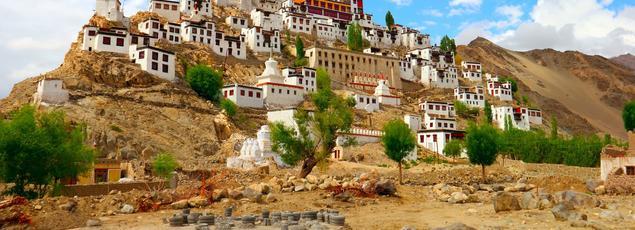 Depuis le XVème siècle, le monastère de Thiksey domine la vallée de l'Indus.