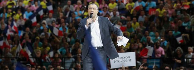 Mourad Boudjellal prend la parole lors d'un meeting d'Emmanuel Macron à Paris le 17 avril dernier.