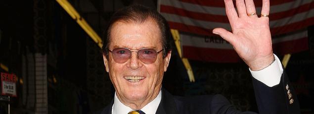 L'acteur Roger Moore, qui a incarné sept fois James Bond au cinéma, est décédé mardi 23 mai à l'âge de 89 ans.