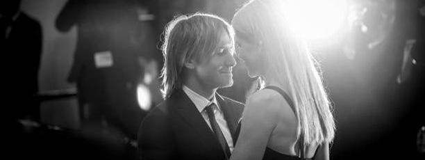 Nicole Kidman et Keith Urban montent les marches pour la projection de «La mise à mort du cerf sacré», lundi soir.