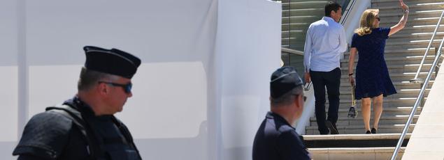 Catherine Deneuve arrive ce mardi pour le 70e anniversaire du Festival de Cannes.