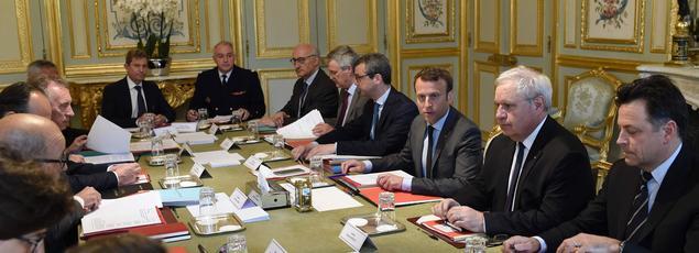 Le Conseil de défense à l'Élysée, le 24 mai 2017.