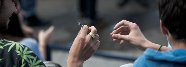 Des contraventions pour réprimer l'usage de drogue vont être bientôt instaurées, a déclaré ce jeudi le ministre de l'Intérieur Gérard Collomb.