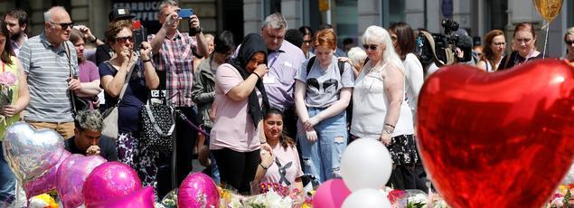 Une minute de silence a été respectée dans tous le Royaume-Uni ce jeudi en mémoire des victimes.