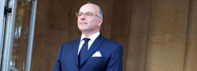 Bernard Cazeneuve à Matignon, avant la passation de pouvoir avec son successeur Édouard Philippe le 15 mai.