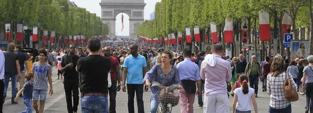 Le solde d'opinion sur le niveau de vie futur en France s'est amélioré.