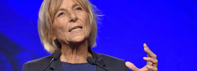 Comme 18 autres eurodéputés, la ministre est soupçonnée d'abus de confiance par le parquet de Paris.