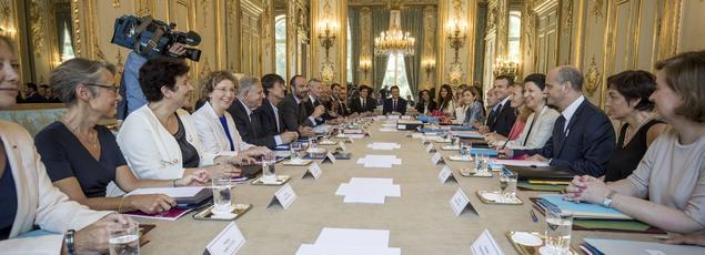 Premier Conseil des ministres de la nouvelle équipegouvernementale, jeudi à l'Élysée.