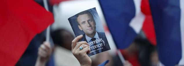 À quel moment politique de l'histoire de France peut être comparé le triomphe d'Emmanuel Macron?