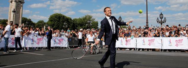 Emmanuel Macron lors d'un événement de promotion de la candidature de Paris aux JO de 2024, à Paris le 24 juin 2017.
