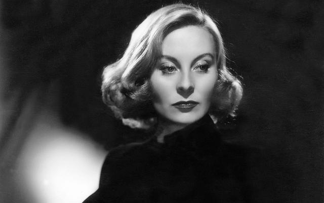 Michèle Morgan en 1949, lors d'un shooting photo à Londres.