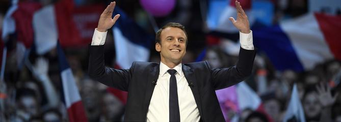 Pour ses discours, Macron s'inspire d'Obama et de Johnny Hallyday