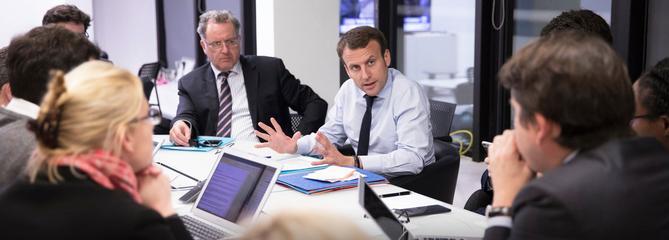 État, business, médias : les réseaux Macron