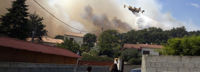Incendies : près de 4000 hectares détruits dans le Sud-Est et en Corse