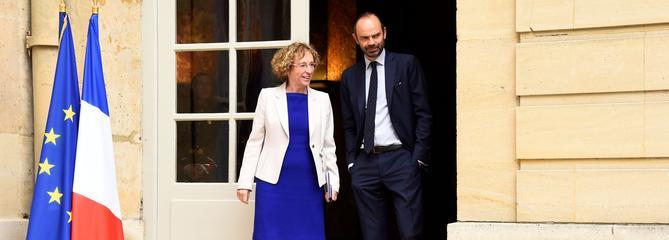 La ministre du Travail nie avoir profité d'un plan social chez Danone
