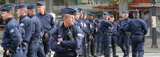 Prime de déplacement : près de 2000 CRS se font porter pâle un jour de manifestation