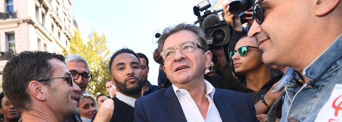 Le pari de Mélenchon pour devenir l'opposant numéro un de Macron