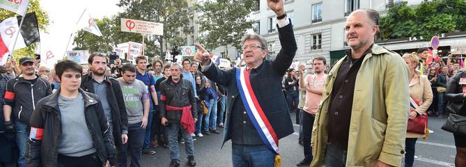 Contre la «chienlit libérale», Mélenchon vise les Champs-Elysées