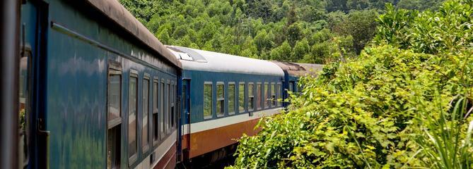 De Hanoï à Ho Chi Minh Ville, sur les rails du Transindochinois