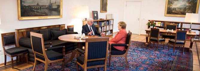 Dans la tourmente, Merkel joue sa survie politique