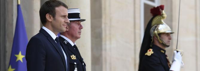 Macron va recevoir un millier d'agriculteurs à l'Élysée avant le Salon