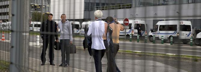 «Chemise arrachée» chez Air France : 3 à 5 mois de prison avec sursis requis contre des ex-salariés