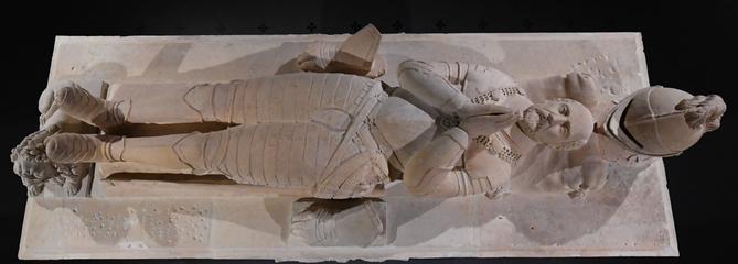 Le cénotaphe restauré de Montaigne est à nouveau exposé à Bordeaux