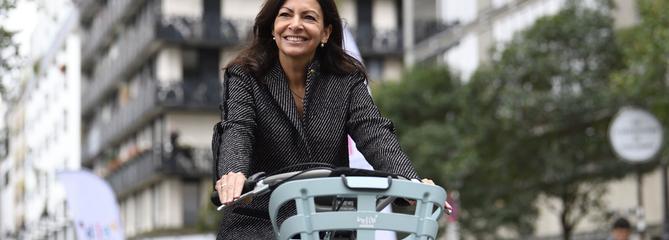 Comment Anne Hidalgo a fait dérailler le Vélib'à Paris