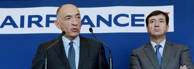 Grève : le PDG d'Air France met sa démission en jeu