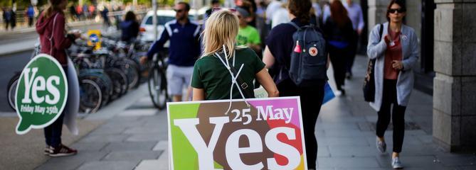 Les Irlandais votent à plus de 66% en faveur du droit à l'avortement