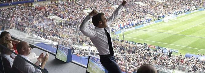 Emmanuel Macron dans tous ses états pendant France-Croatie