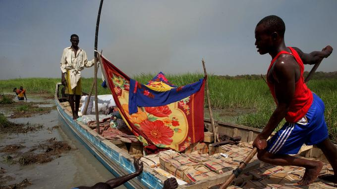 Voyage difficile entre l'île de Kinesserom et la ville de Bagasola