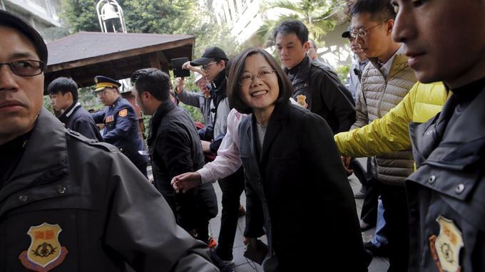Tsai Ing-wen, samedi. Cette femme de 59 ans est une ancienne universitaire.