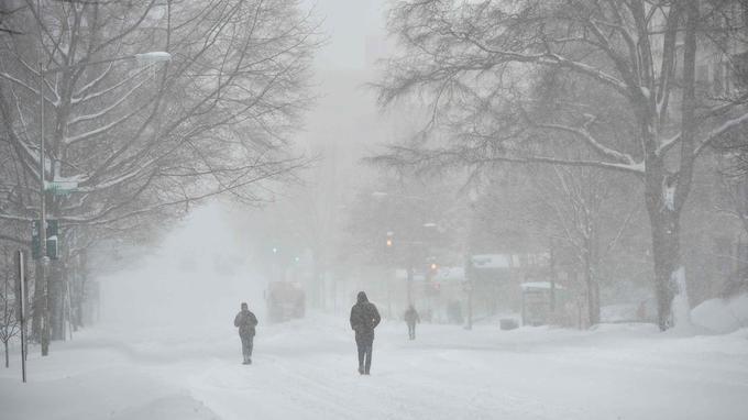 La météo nationale a annoncé que 50 millions de personnes allaient être affectées par la tempête.