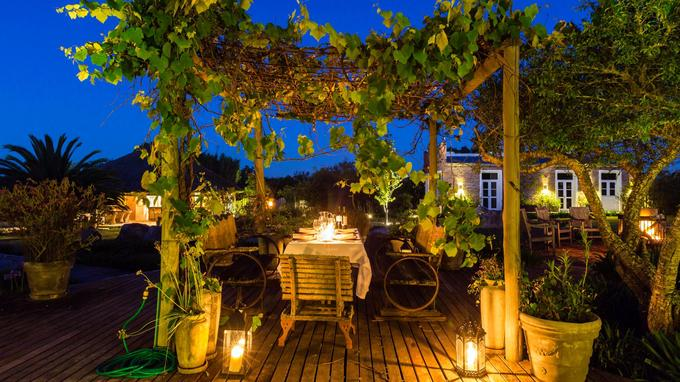 Décor romantique sur la terrasse de l'hôtel Casa Anna, dans le village de Pueblo Garzon.