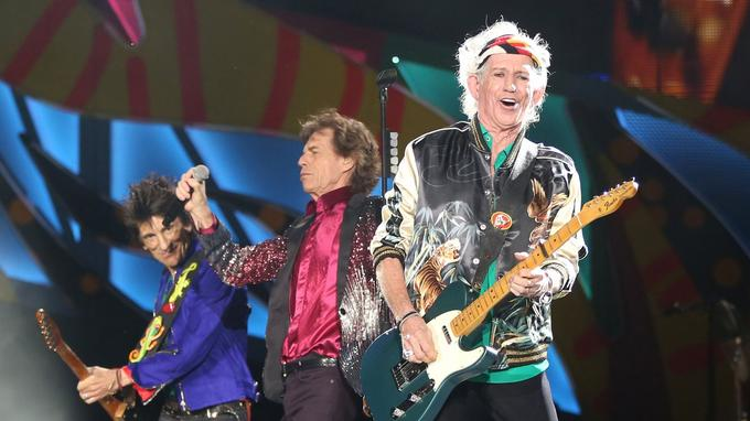 Les Rolling Stones pendant le concert à la Havane électrise son public.
