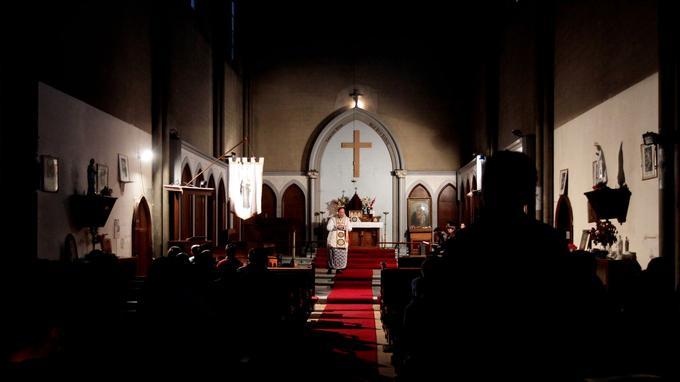 Présent sur les lieux, notre photographe a pu, ce matin, assister aux dernières messes de l'église Sainte Rita.