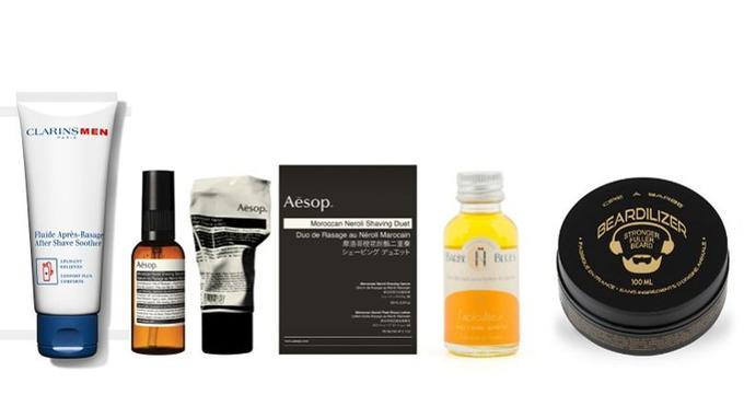De gauche à droite, fluide après-rasage sans alcool, ClarinsMen, 34,70 &#8364; les 100 ml ; sérum de rasage et lotion après-rasage au Néroli Marocain, <a href=