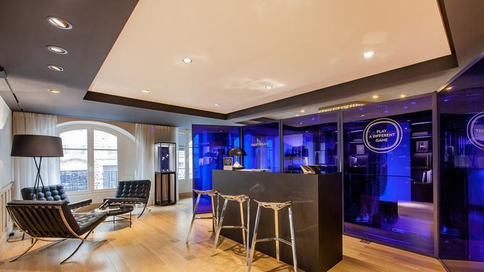 Jusqu'au 15 novembre, la boutique Piaget de la rue de la paix se transforme en lounge pour présenter les créations Polo S autour d'un jeu de polo en réalité virtuelle et d'un dessert exclusif de Jean-François Piège.