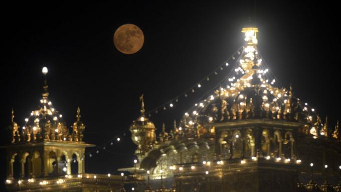 La Lune en Inde.