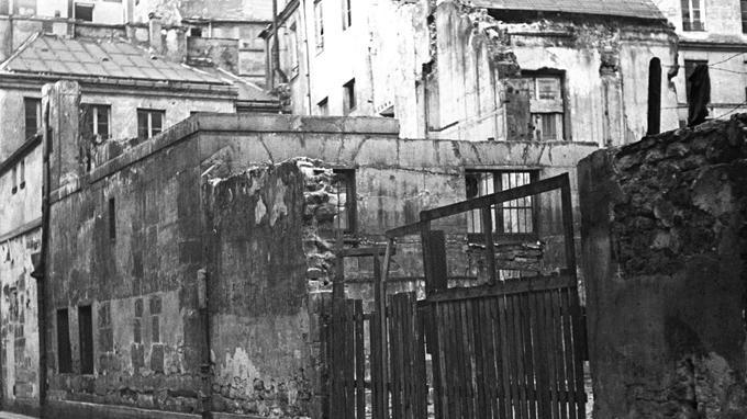 En plein coeur du Marais, la rue de Moussy dans les années 40.