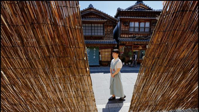 Bordé de maisonnettes typiques, le village d'Okage Yokocho est le point de chute des pèlerins du sanctuaire d'Ise depuis le Moyen Age.