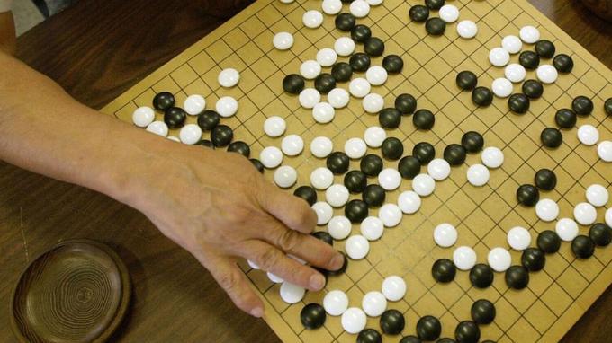 Le jeu de go se joue sur un damier comptant 19x19 intersections - Crédits photo: Cheryl Hatch/AP