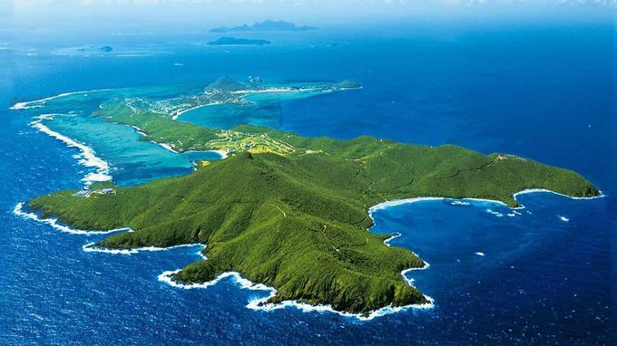 L'île Canouan vue du ciel. © DR