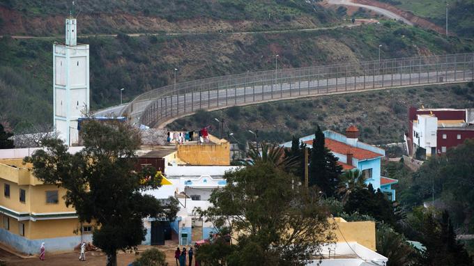 La barrière a été réhaussée en 2005.