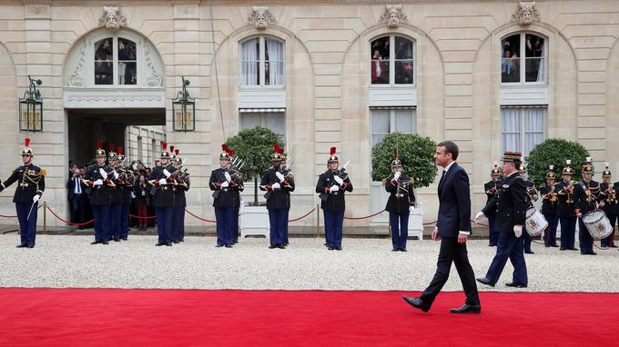 Emmanuel Macron en marche vers l'Élysée.