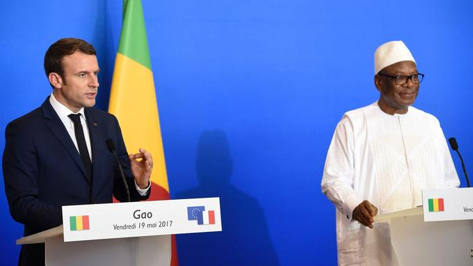 Emmanuel Macron et Ibrahim Boubacar Keita vendredi à Gao.