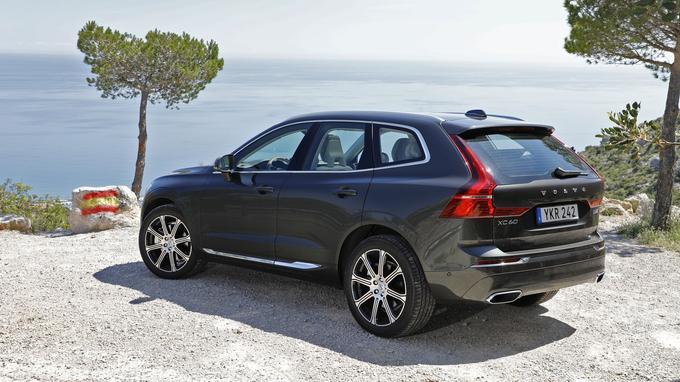 Plus et large et moins haut que son prédécesseur, le XC60 y gagne de meilleures proportions.