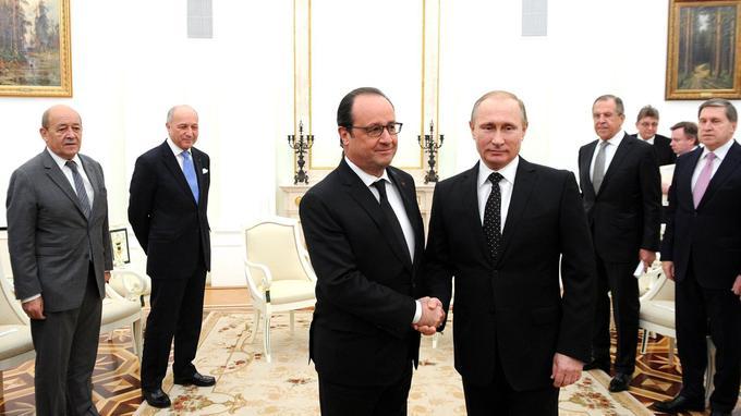 Avec les crises ukrainienne et syrienne, les relations franco-russes ont été fraîches depuis 2012.