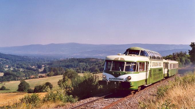 L'Auvergne entre montagnes et viaducs. (AGRIVAP Les Trains de la Découverte)